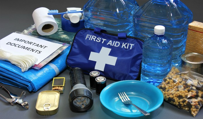 5 Emergency Items All Homes Should Have